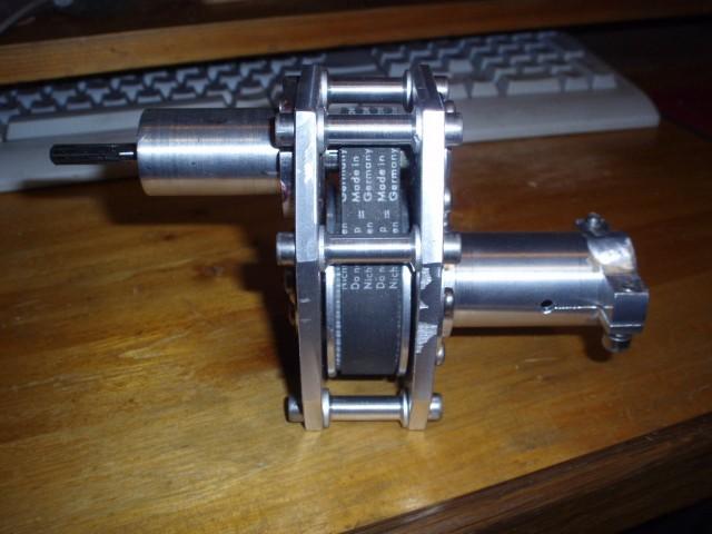 лодочный мотор из триммера редуктор